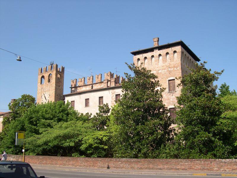Castello Sanguinetto